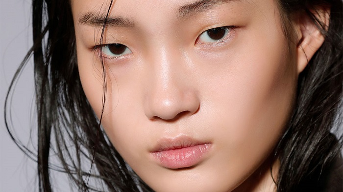 6 Ways to Treat Dry Skin Caused by Benzoyl Peroxide